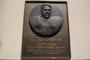 Otto Graham's Plaque (Getty Images)