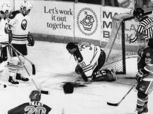 Clint Malarchuk just seconds after his horrific injury. (Getty Images)