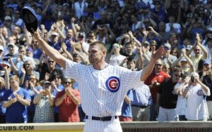 Kerry Wood saying goodbye to the Wrigley Field crowd in his final game on May 18, 2012. (Getty Images)